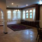 Detached 4 bed 4 bath Pattanakarn house to rent with tennis and pool