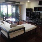 Duplex 2 bed 195 sq.m at kiarti thanee sukhumvit 31 to rent Living Room