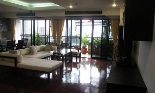 Duplex 2 bed 195 sq.m at kiarti thanee sukhumvit 31 to rent Feature