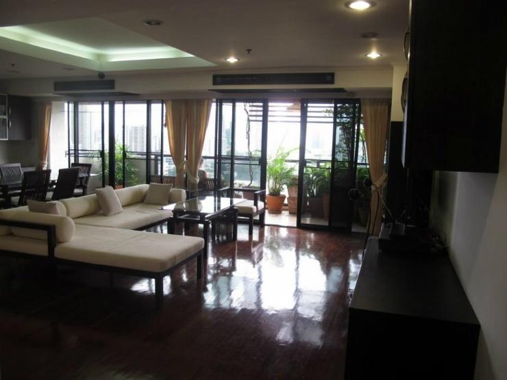 Duplex 2 bed 195 sq.m at kiarti thanee sukhumvit 31 to rent Feature