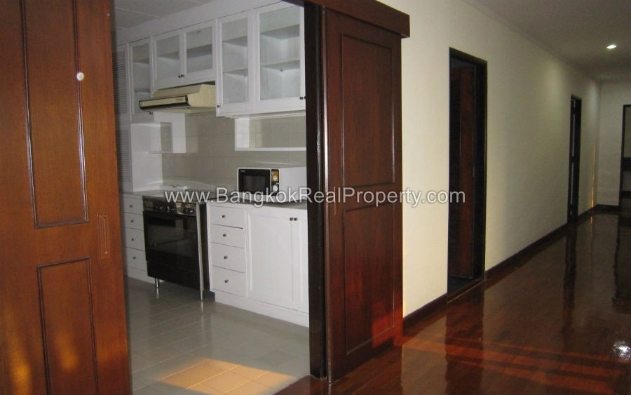 Spacious 4 bed 3 bath phrom phong apartment for rent Whats a studio apartment