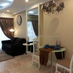 Renovated 1 bed 8 fl condo at Saranjai Mansion near Nana BTS to Rent Living room 2