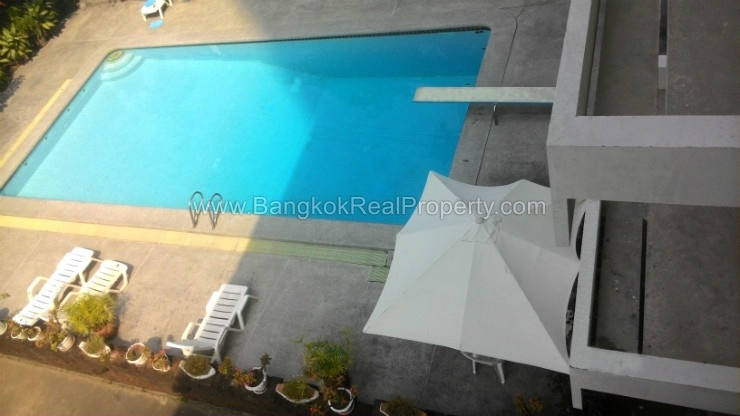 Superb Spacious 2 Bed 2 Bath Asoke Apartment for rent near MRT