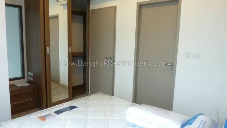 IDEO Mobi sukhumvit 81 at On Nut BTS 1 bed duplex 45 sq.m 22 floor to rent bedroom 2