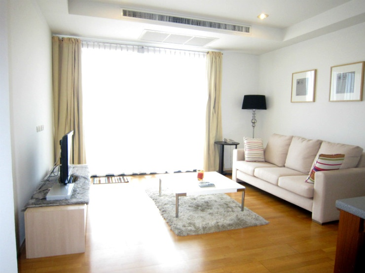 Spacious 2 bed 5 floor 86 sq.m at Amanta Ratchada near MRT for sale