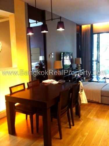 Vincente Sukhumvit 49 1 bed 68 sq.m to sale in Phrom Phong Thonglor Dinning Table