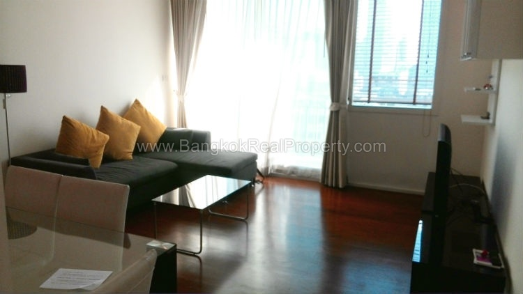Wind sukhumvit 23 2 bed 2 bath 16 floor 80 sq.m for rent near Asok BTS
