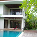 Stunning Modern 5 Bedroom House with swimming pool for Rent Punnawithi BTS (1)