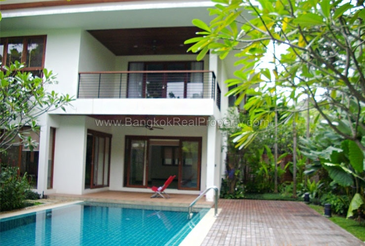 rent stunning 5 bed house for rent punnawithi bts