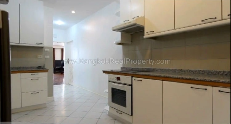 apartment for rent in ari near BTS 3 bed 3 bath 210 sq m. Large 3 Bedroom Apartment for Rent in Ari near BTS