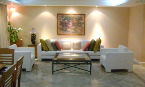Somkid Gardens 4 bed 6 bath with maid 20 floor 250 sq.m to rent near BTS Chitlom