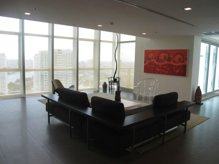 The River Bangkok 4 bed 358 sq.m duplex condo for rent with chaophraya river views
