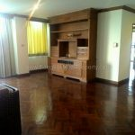 Spacious 2 bed 2 bath 175 sq.m asoke apartment for rent