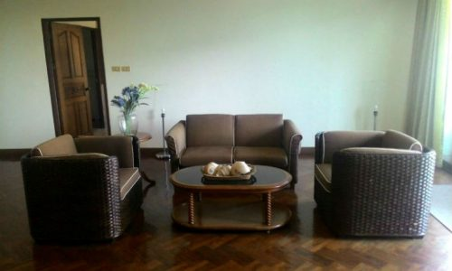 Spacious 2 bed 2 bath 175 sq.m asoke apartment for rent Featured