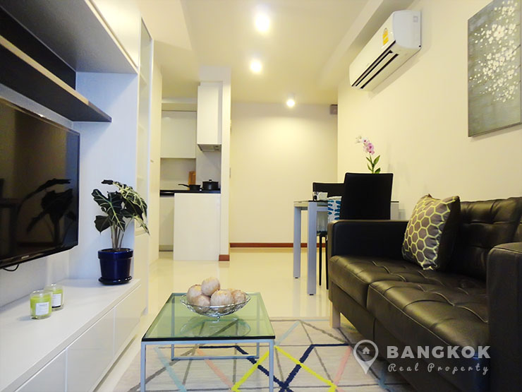 Le Cote Thonglor 8 | Bright Modern Spacious Corner 1 Bedroom photo