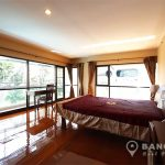 The-Natural-Place-Suite-large-2-bed-2-bath-150-Lumpini-Bedroom