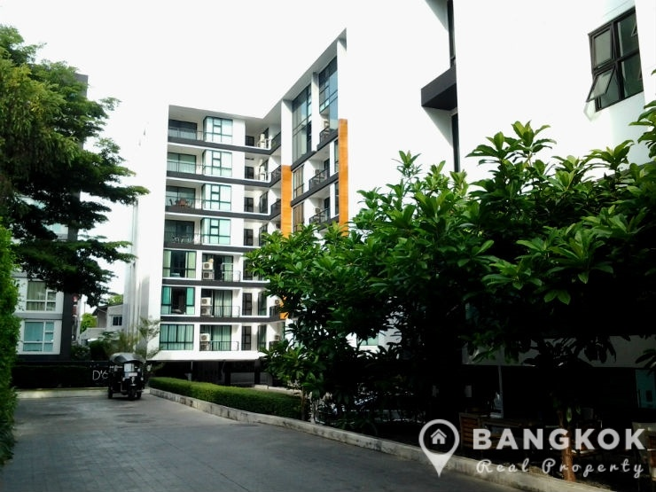 D 65 condo mid floor 1 bedroom 47 sq.m for sale near BTS