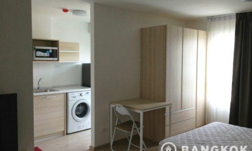 Elio Condo Mid floor studio unit 26 sq.m to rent near BTS
