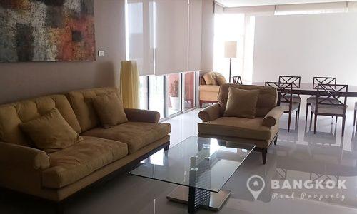 Fullerton 3 bed 3 bath 170 sq.m Mid floor to rent near BTS