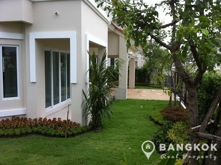 Perfect Place Ramkhamhaeng 164 | Modern Detached 3 Bed House photo