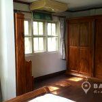 Modern Detached Corner 3 bed 3 bath with maid Sammakorn Village