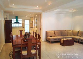 rent ploenchit house 3 bed 1 maid 280 sq.m near Phloen Chit BTS