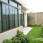 Setthasiri Bangna-Wongwaen 3 bed 3 bath house for rent Garden 2