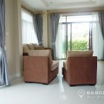 Setthasiri Bangna-Wongwaen 3 bed 3 bath house for rent Couch