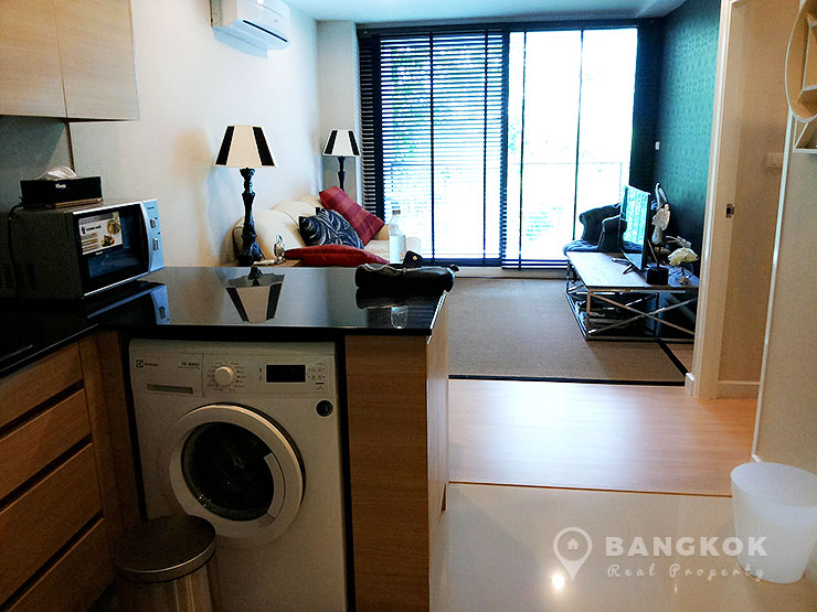 D 25 Thonglor | Bright Modern Low Rise 1 Bed Condo photo
