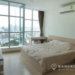 Rhythm Radchada high floor 2 bed 2 bath 68 sq.m at MRT