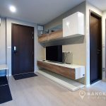 Rhythm-Sathorn-mid-floor-modern-1-bed-TV