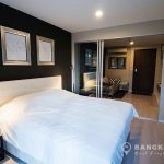 Rhythm-Sathorn-mid-floor-modern-1-bed-near-surasak-BTS-Bedroom