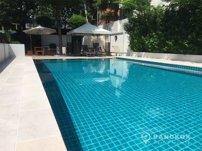 Bright semi detached 3 bed house for rent in ekamai for Cost to build a pool house with bathroom
