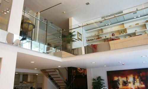 Ficus Lane A Fabulous Spacious 3 Bed 4 Bath Duplex near BTS to rent