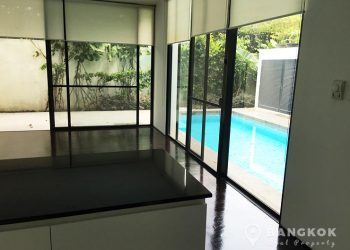 Modern Detached 4 Bed Thonglor House with Private Pool to rent