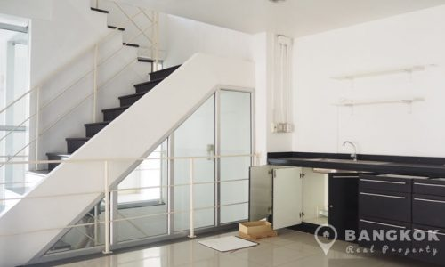 Very Spacious Thonglor Home Office near BTS to rent