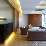Baan Sathorn Chaopraya Elegant 2 Bed 2 Bath with River View to rent