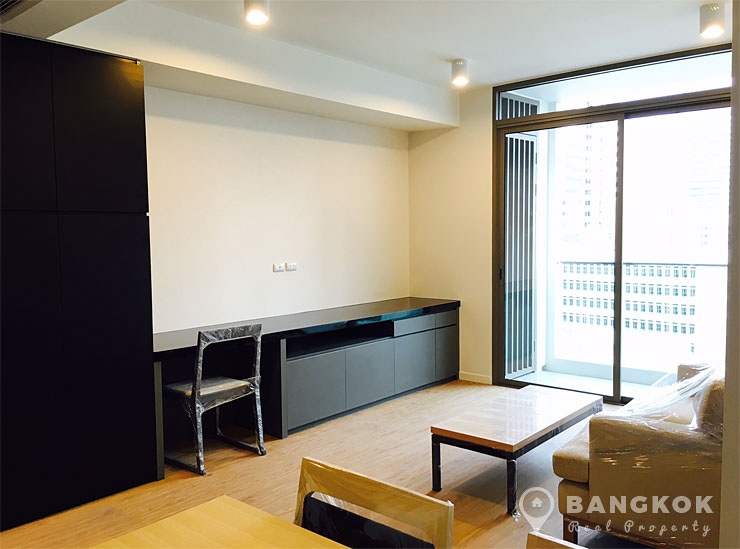 Siamese Surawong | Brand New Spacious 1 Bed near MRT photo