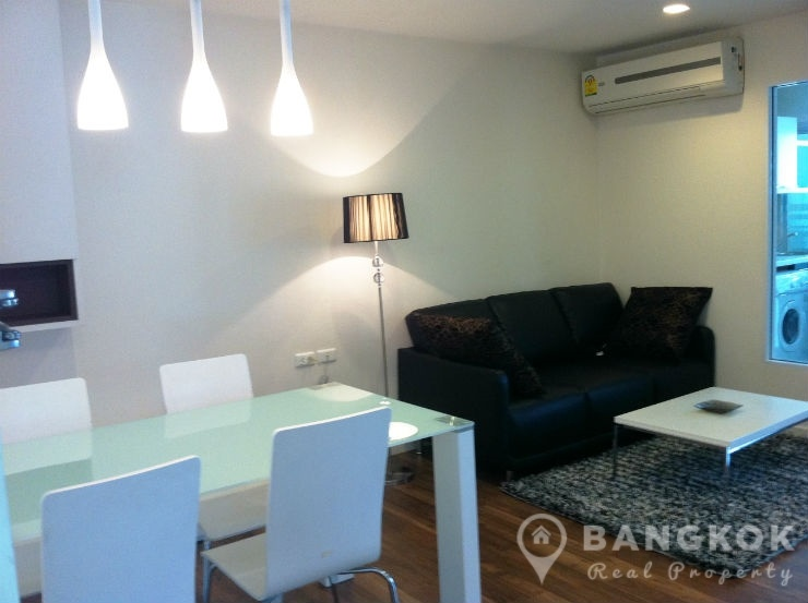 The Room Sukhumvit 79 Condo | Modern 2 Bed 1 Bath near BTS photo