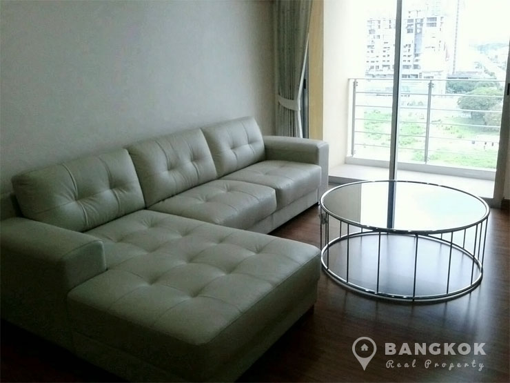 My Resort Bangkok | Bright Modern 2 Bed 1 Bath near MRT photo