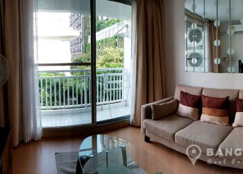 Plus 38 Condo high floor 1 bed 1 bath 49.11 sq.m for sale near BTS