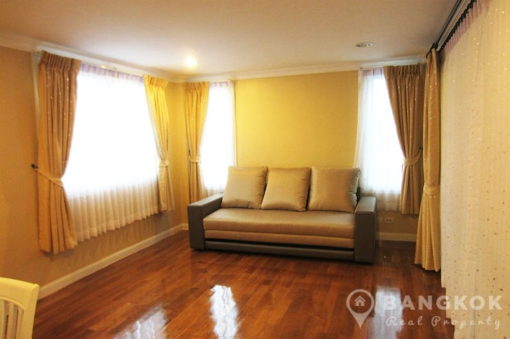 Contemporary 3 1 bed bearing house in secure compound near bts bangkok real property A sprawling modern home in bangkok