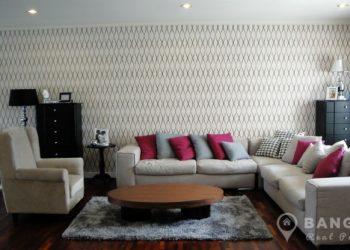 Spacious 3 Bed 3 Bath Sathorn Apartment near Lumphini MRT to rent