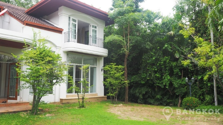 Windmill Park Bangna Lakeside Detached 4 Bed 4 Bath 400 sq m House to rent. RENT Windmill Park Bangna Lakeside Detached 4 Bed House
