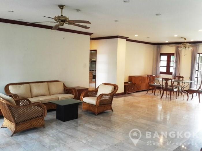 Spacious Detached 4 Bedroom Bangna House near Mega Bangna photo