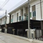 Brand New 4 Bed 3 Bath Bangna Townhouse near IKEA to rent