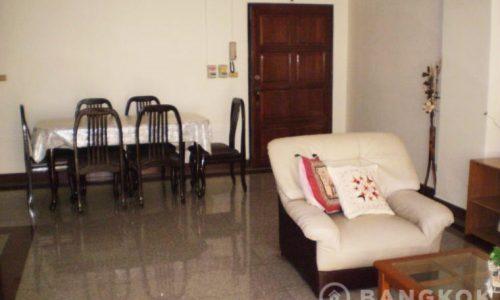 pikul-place-sathorn-spacious-3-bed-2-bath-near-chong-nonsi-bts-for-sale