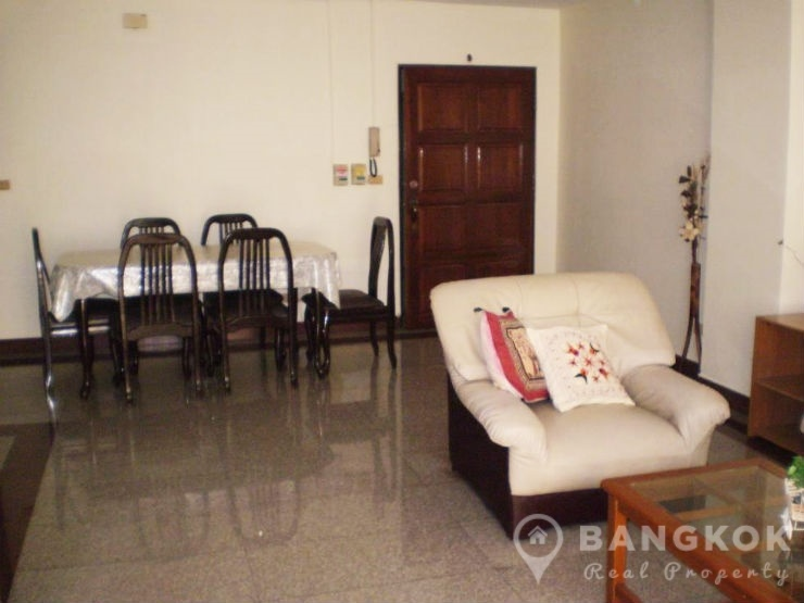 pikul-place-sathorn-spacious-3-bed-2-bath-near-chong-nonsi-bts-for-sale