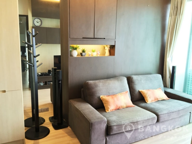 Sky Walk Condominium | Elegant Modern 2 Bed 1 Bath near BTS photo