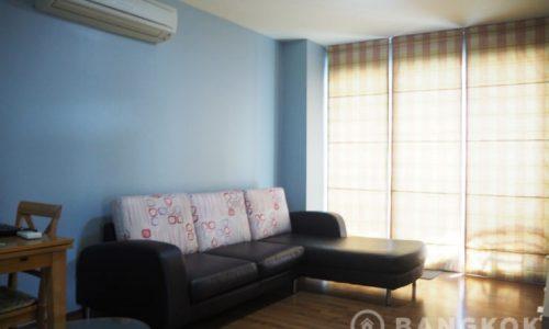 Sukhumvit Plus Condominium Spacious 2 Bed 2 Bath near BTS Phra Khanong to rent